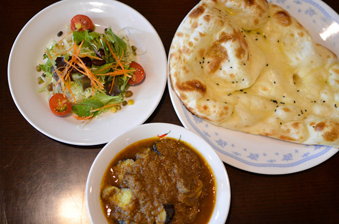 Mutton and Baigan Curry -Mirch in Sapporo-