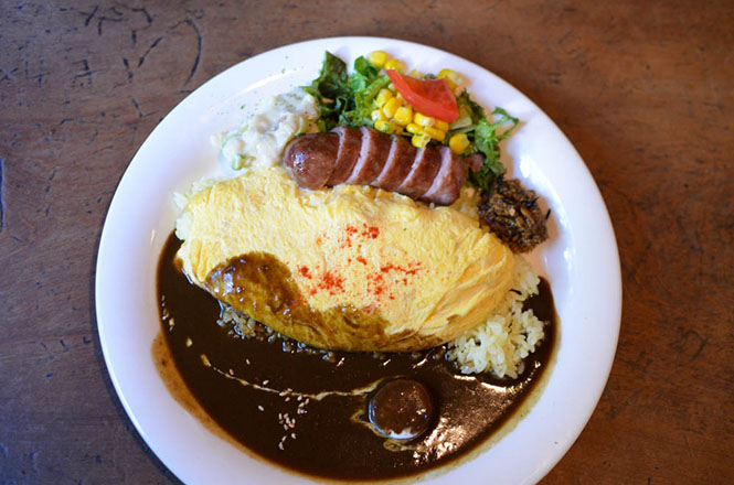 Furano Omelette Curry and Rice -Yuigadoxon-