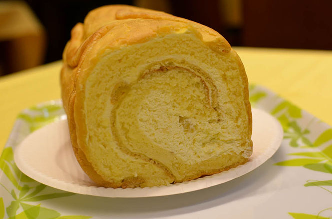 Platanasu Namiki Swiss Roll -The Sun Kurodo Head Office in Asahikawa-