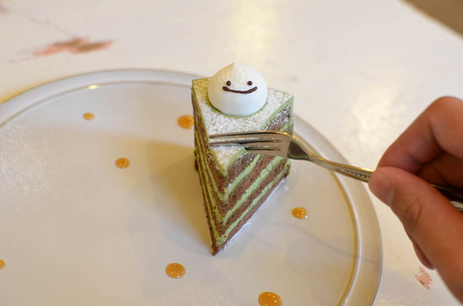 Green Tea Cake and Pudding -Sato Cake Shop in Sapporo-