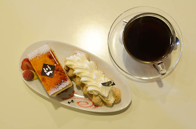 Saint-Marcoux and Meringue Chantilly -Patisserie Lapin de Neige in Hakodate-