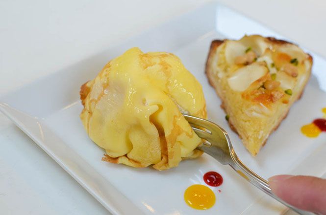 Peach Crepe and Crostata of Lily Bulb -Ciccio Pasticcio in Hakodate-