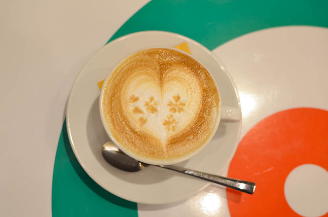 Latte and Catalana -Cafe Felice in Sapporo-