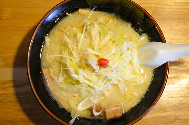 Salt Broth Ramen with Green Onions -Namishibuki Kitami Branch-
