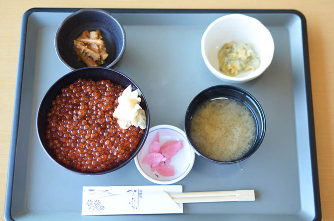 Salmon Roe Rice Bowl -Kafuka in Rebun-