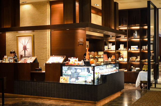 Sapporo Cheese Winery -Keio Plaza Hotel Pastry Boutique Poppins in Sapporo-