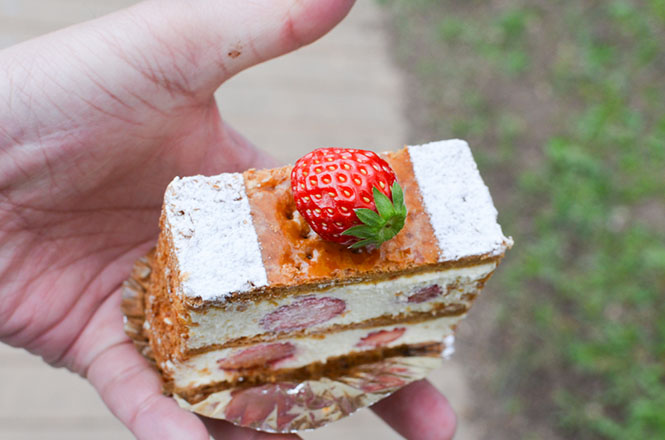 Grappa and Mille-feuille -Bon Vivant in Sapporo-